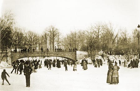 Ice_Skating_on_the_Lullwater_Prospect_Park