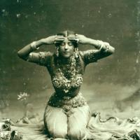 Beautiful Vintage Photos of Ruth St. Denis - Pioneer of Modern Dance