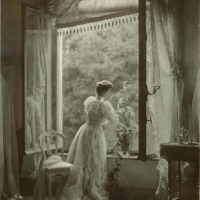 Vintage Photos of Rooms and Interiors from the 1900s