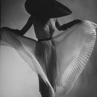 Timeless Beauty & Elegance by The First Fashion Photographer Louise Dahl-Wolfe (1895-1989)