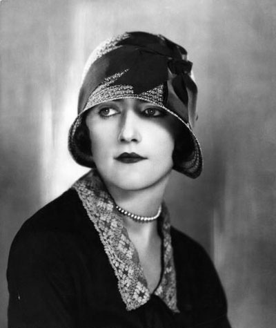 bec7ced8632 A Collection of Photos Of Famous Women Wearing the 1920s Popular Cloche Hat