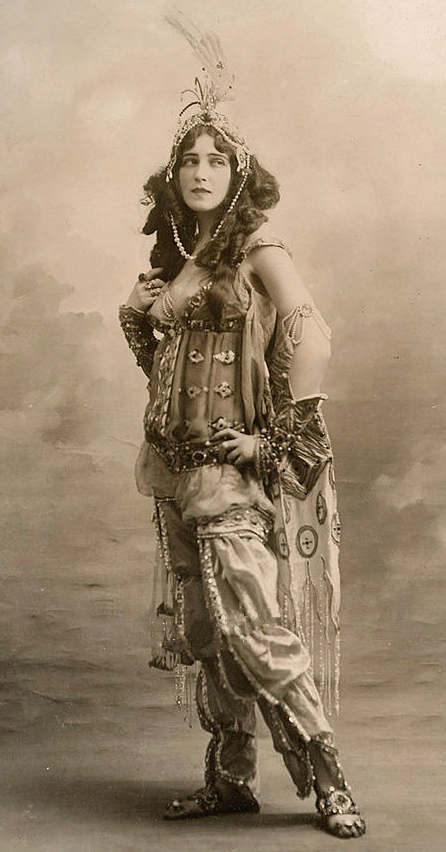 Ida_Rubinstein_1910