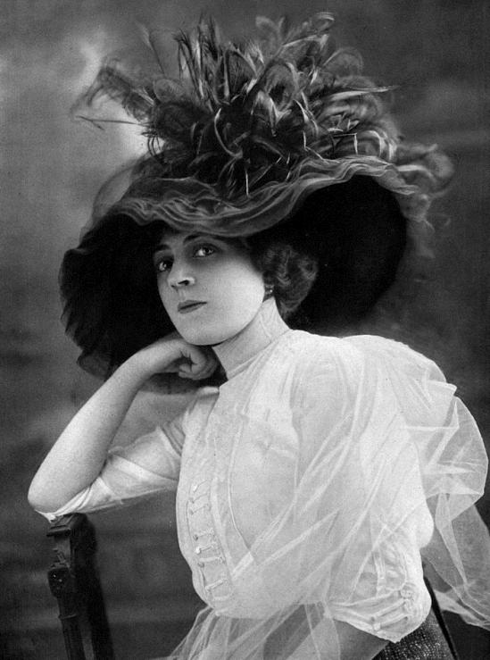 Ida_Rubinstein_1912