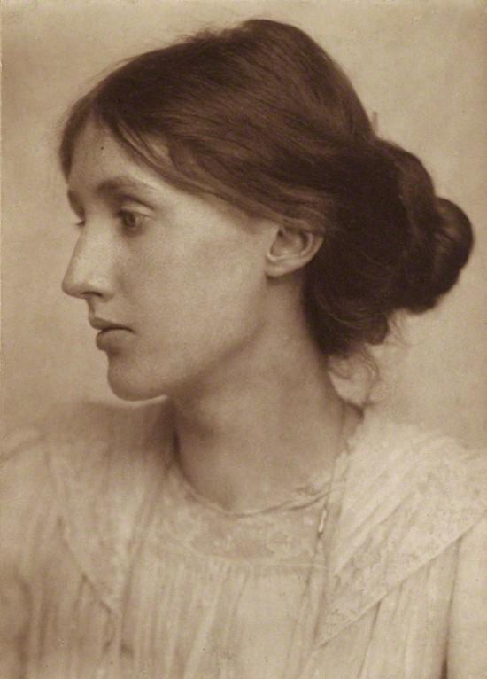 NPG P221; Virginia Woolf (nÈe Stephen) by George Charles Beresford