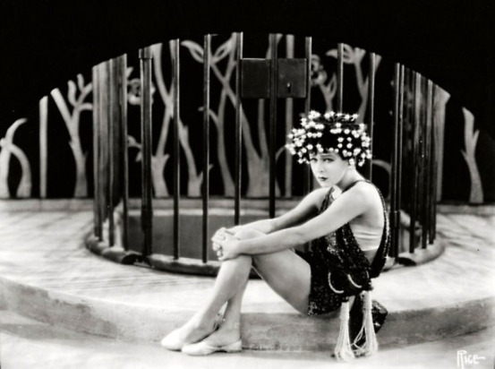 101093850_large_10_Alla_Nazimova_in_the_1923_movie_Salome