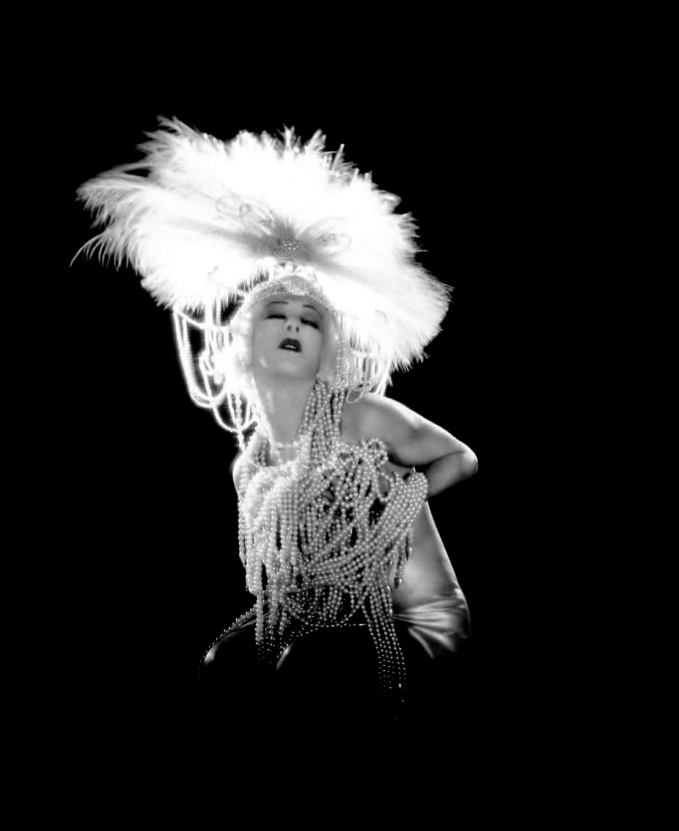 "Vintage Photos Featuring Alla Nazimova in ""Salomé"" (1923)"