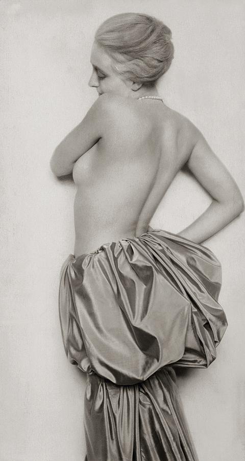 DORA MARIA LEY IM ROKOKO 1924
