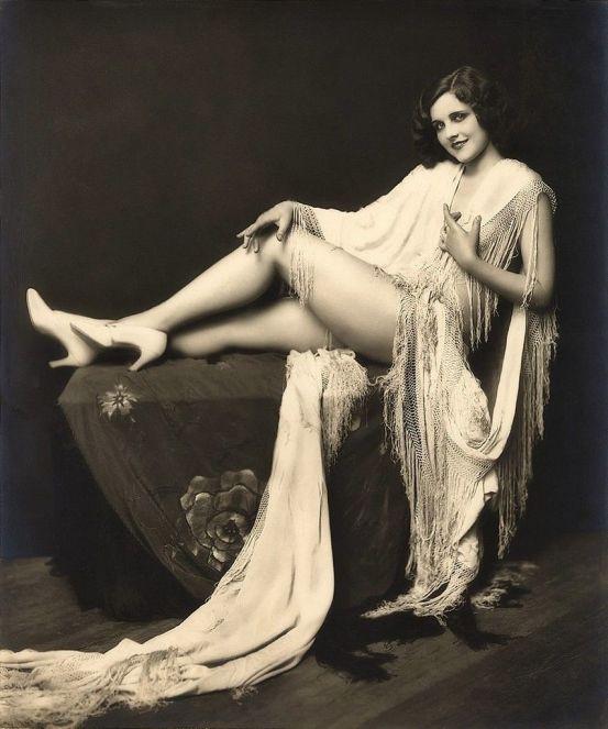 Ziegfeld_Follies_13