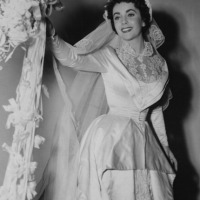 Vintage Wedding Photos of Hollywood Legend Elizabeth Taylor (1950-1991)