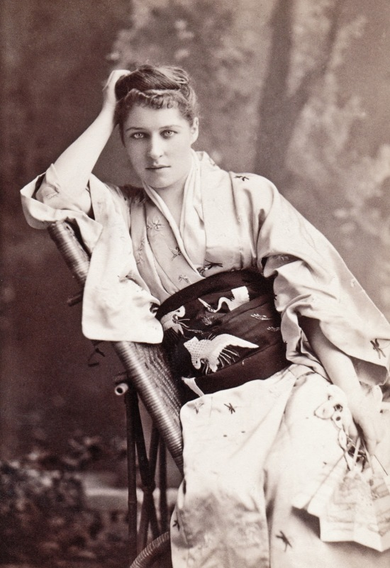 Lillie Langtry, famous English actress, 1884