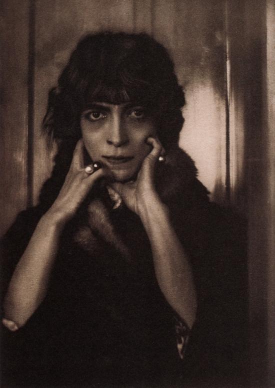 Portrait of Marchesa Luisa Casati by Adolf de Meyer