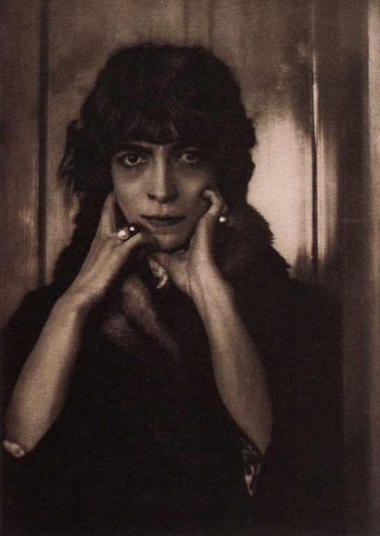 Portrait of Marchesa Luisa Casati by Adolf de Meyer