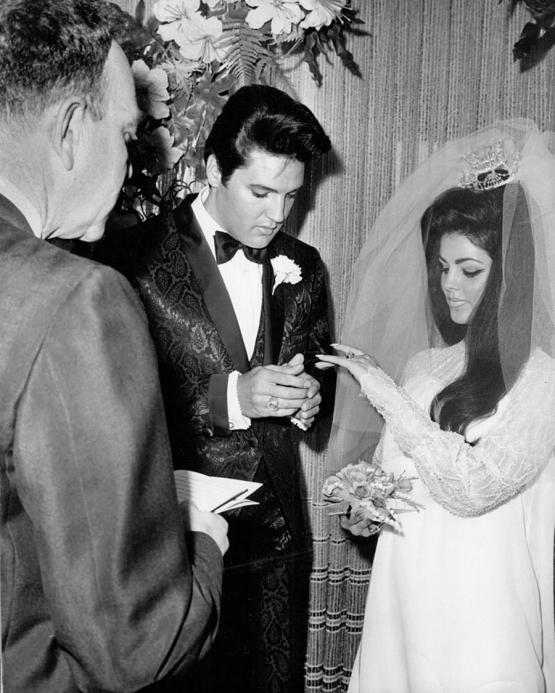 elvis wedding 080508