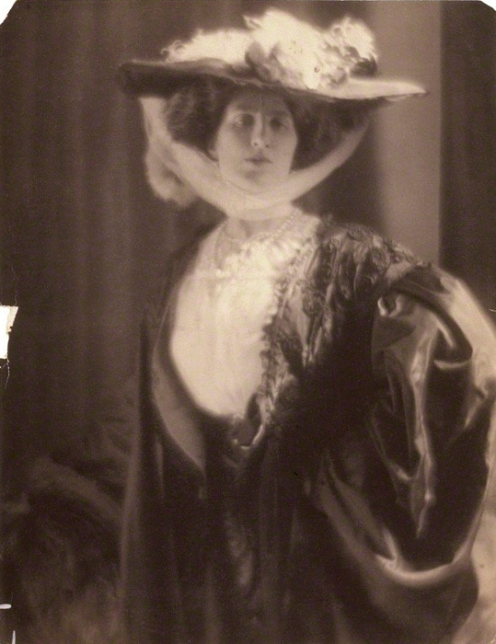 NPG P1008; Lady Ottoline Morrell by Baron Adolph de Meyer