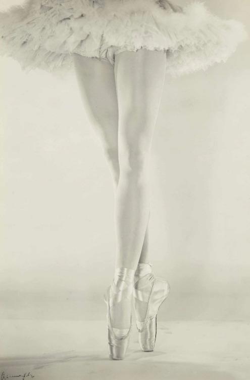 legs danilova