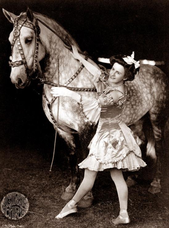 circus-girl1900s