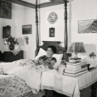 A Collection of Photos Feat. Frida Kahlo by Gisèle Freund (1950s)