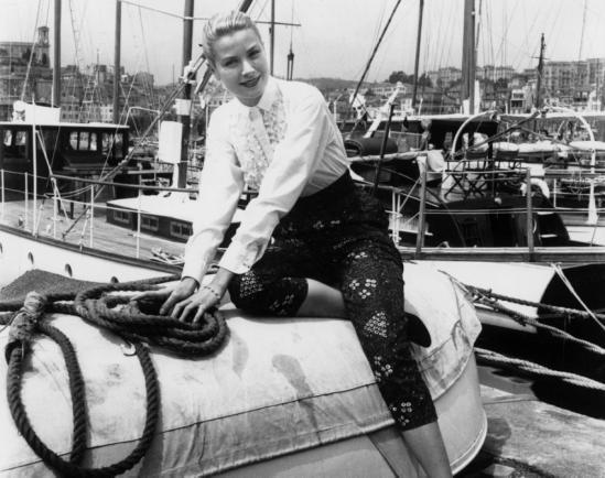 grace-kelly-cannes-1955