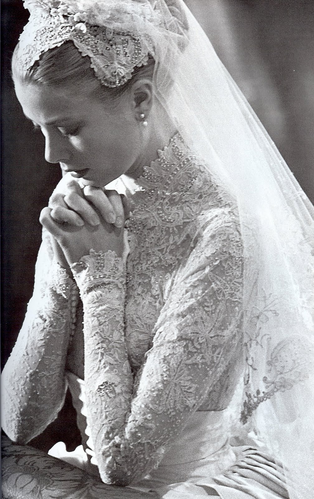 grace kelly rainier iii prince of monaco wedding 1956