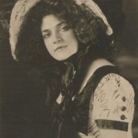 Early Film Dancer Annabelle Moore (1878-1961)