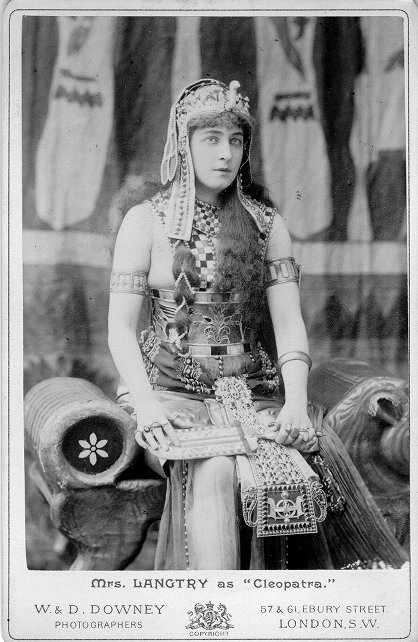 lily-langtry-as-cleopatra-vintage-postcard-1370837615_org