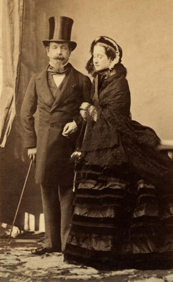 Napoléon_III_and_his_wife_Eugenie,_CDV_by_Disderi,_c1865