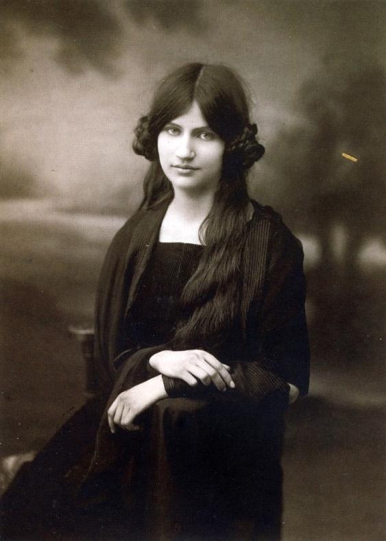 Jeanne Hébuterne all'età di sedici anni (1914)