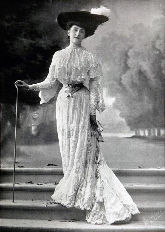 robe_dapres-midi_par_redfern_1903_cropped