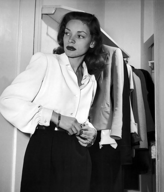 110-lauren-bacall-theredlist
