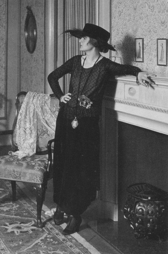 Anita_Berger,_1918
