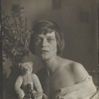 Vintage Photos of Performance Artist Emmy Hennings (1885-1948)