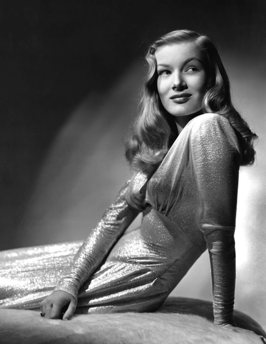028-veronica-lake-theredlist