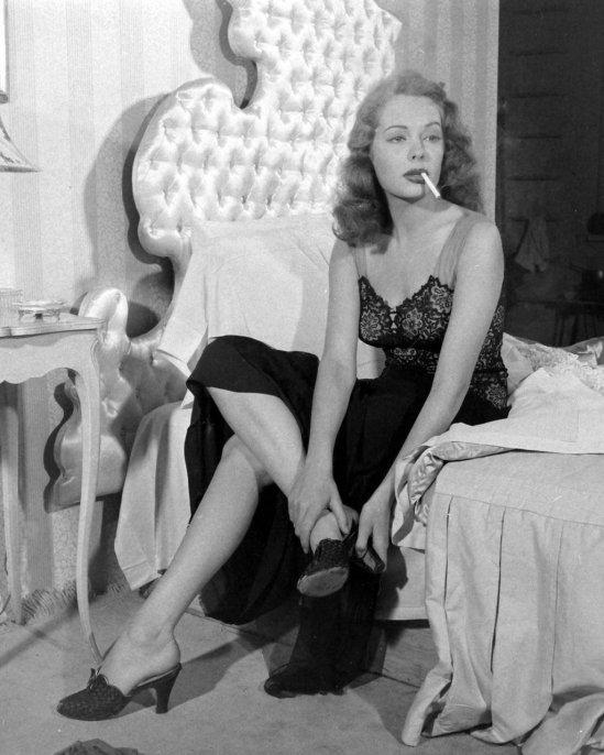 Jane-Greer-Nov-1946-LIFE