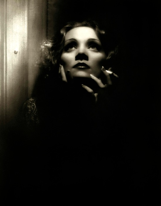 marlene dietrich 1932 - shangai express - by don english