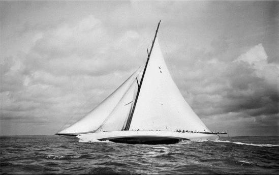 brett_gallery_beken_of_cowes_cambria_1930_frank_beken_1880_1970_l.jpg