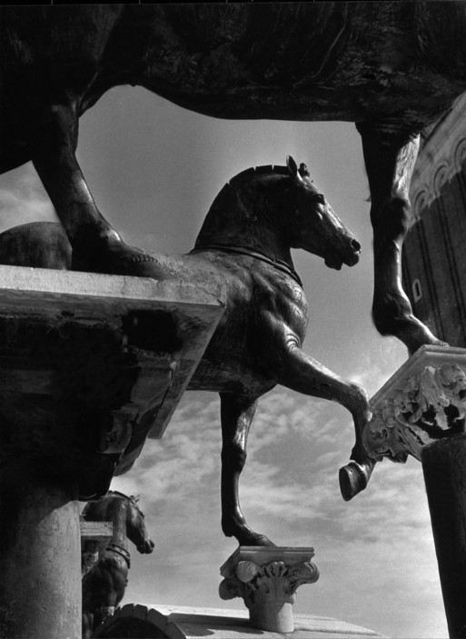 ITALY. Venice. The Horses of San Marco. 1939.  A-IT-VEN-001
