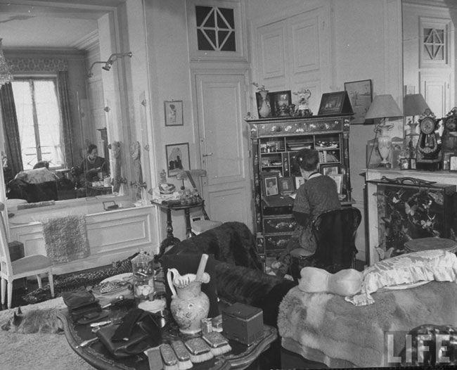 elsa-schiaparelli-home-studio