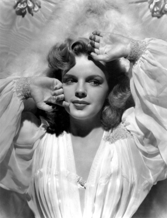 Judy_Garland_in_Presenting_Lily_Mars