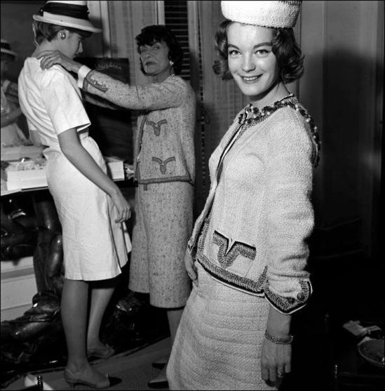 00/00/1960. Coco Chanel and Romy Schneider.