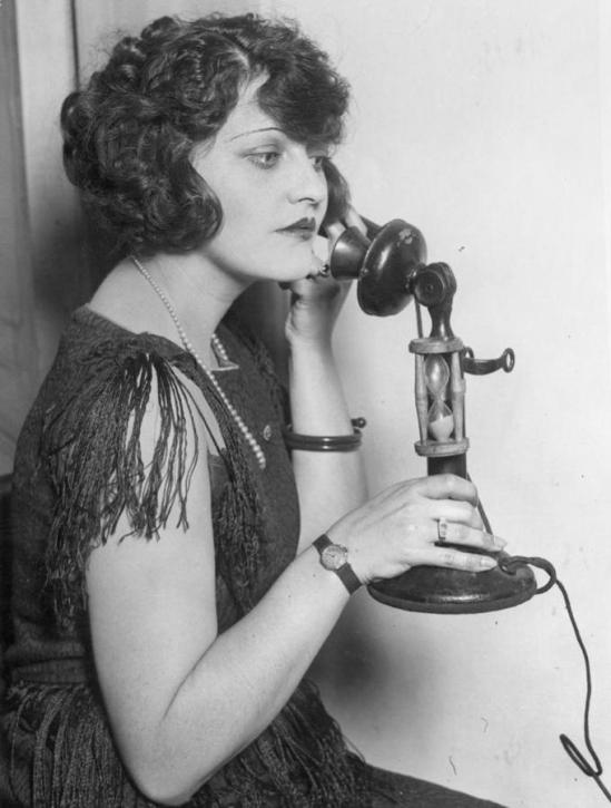 1-telephone-call-1920s-granger