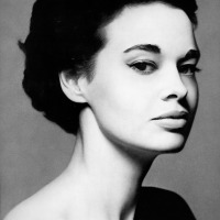 Beautiful Vintage Portraits of Gloria Vanderbilt by Richard Avedon (1950s)