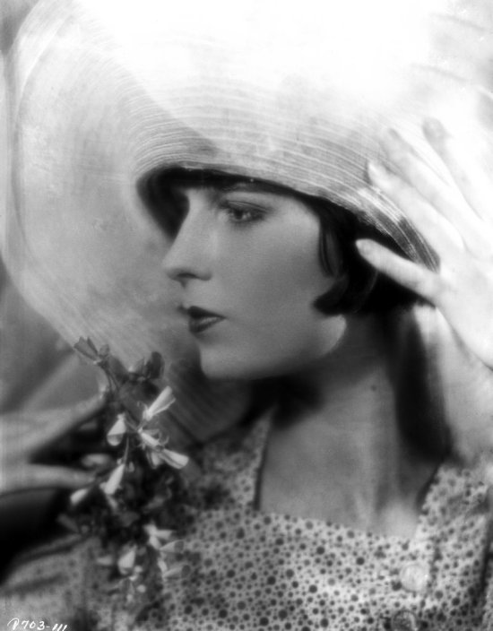 brooks_louise_002_e_r_richee_1927-1