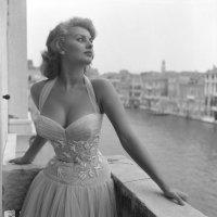 Sophia Loren in Venice (1955)