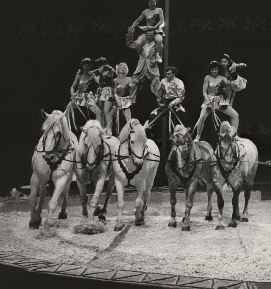 19218_LARGE_Abstract_1960s_CIRCUS_Acrobats_with_Horses_CIRCUS_CA_CA2_2_139x_cleaned_master