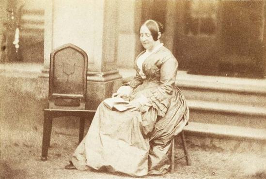 Emma,_wife_of_John_Dillwyn_Llewelyn_(4031401917)